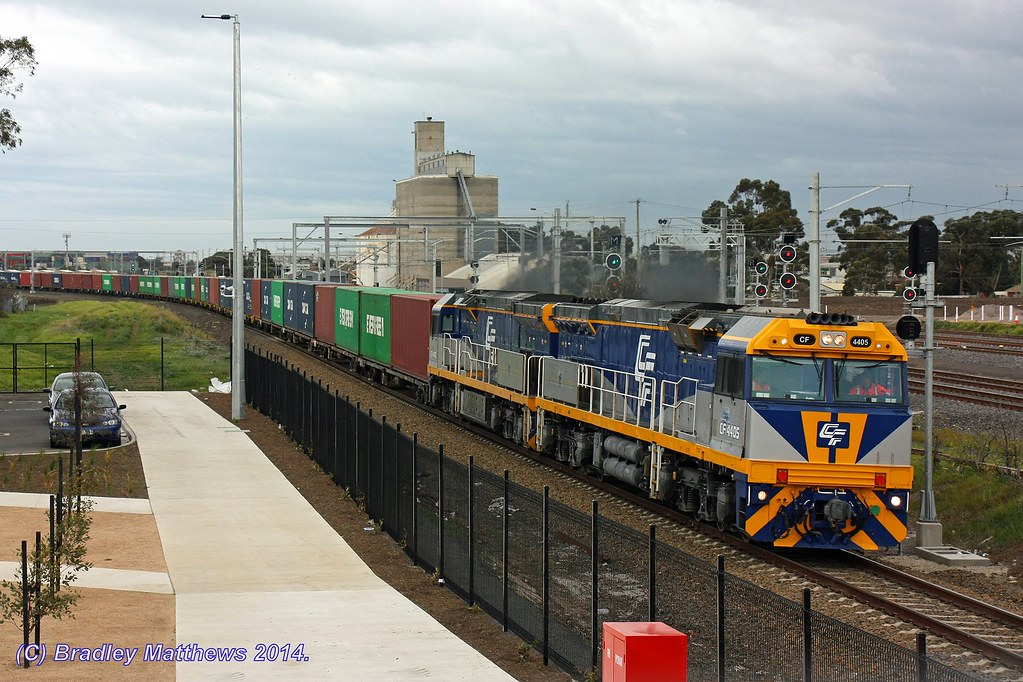CF4405-CF4406 with 3MC1 freight to Harefield/Junee at Sunshine (29/7/2014) by Bradley Matthews