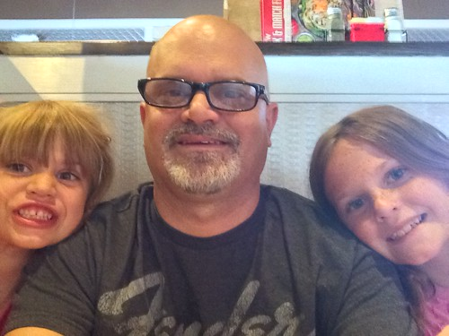 Family being silly at Chili's | by Damien Riley
