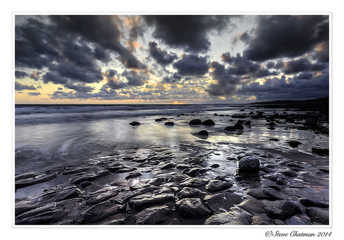 uk sunset sea beach southwales wales clouds canon rocks waves tide 2014 monknash stevechatman