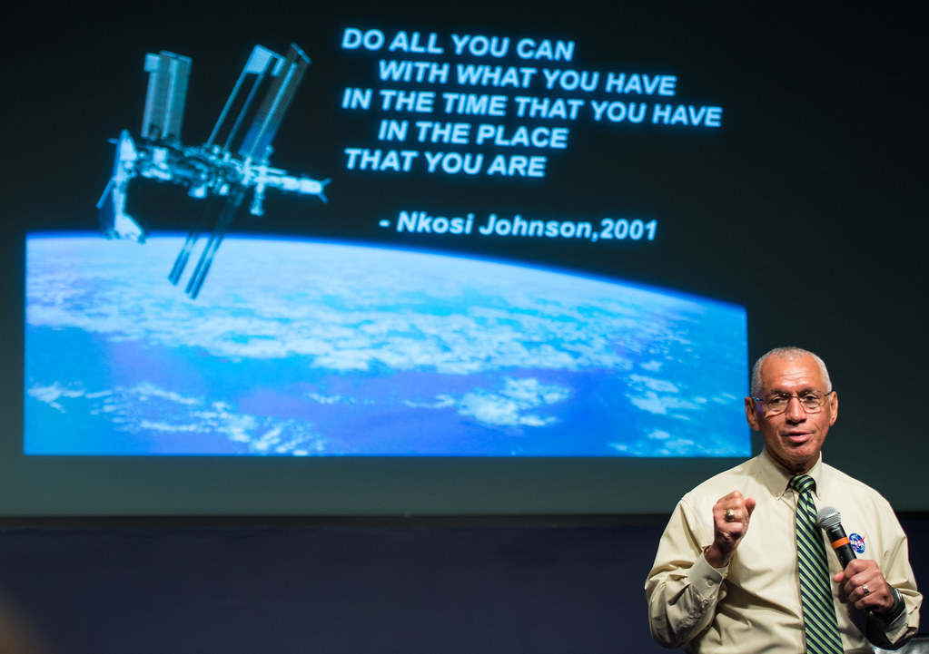 NASA Hubble Space Telescope (HST) Research Project Capstone Event (201405050004HQ)