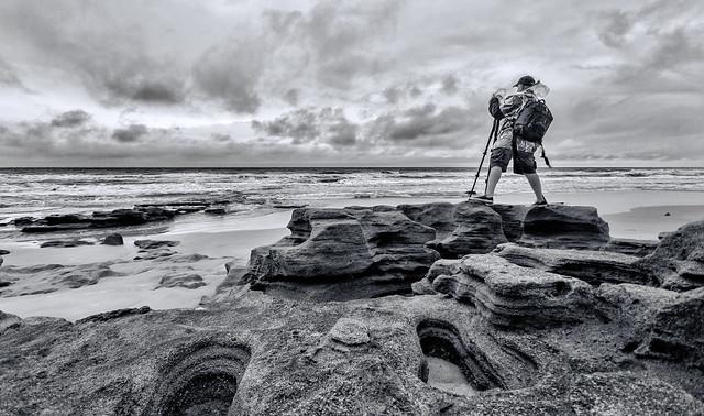 The Landscape Photographer (B&W Version) (El Fotógrafo de Paisajes) [Explored]