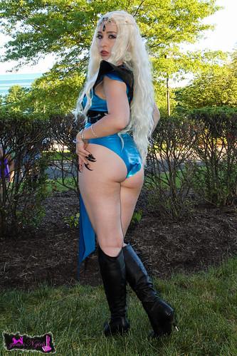 ass cosplay butt booty cosplayer khaleesi animenext gameofthrones asongoficeandfire motherofdragons daenerystargaryen animenext2014