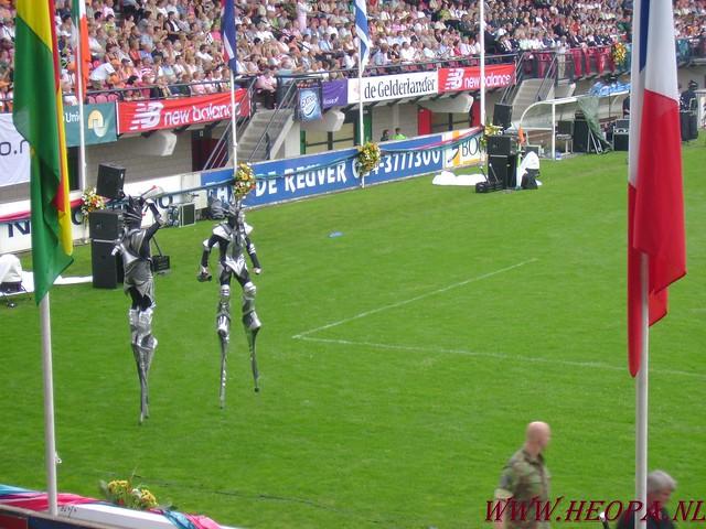 2007-07-16 Startbewijs op halen en vlaggen parade. (68)