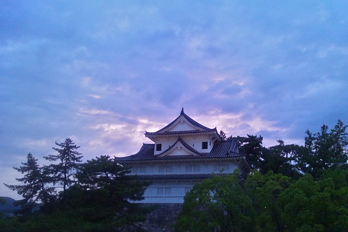 sunset castle history japan japanese dusk traditional sharp smartphone mobilephone ww2 日本 postwar rebuilt 福山市 広島県