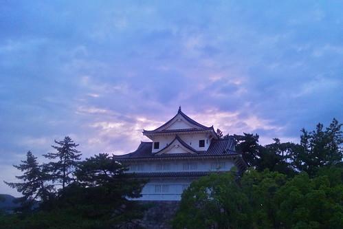 sunset castle history japan japanese dusk traditional sharp smartphone mobilephone ww2 日本 postwar rebuilt 福山市 広島県