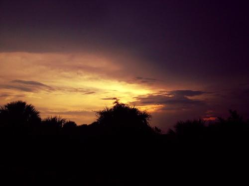 earth cloudskysunraylandscapenatureappleiphoneatmospheremothernaturestormfronttwilight clodskynaturesunsunsetraysglowinggolden