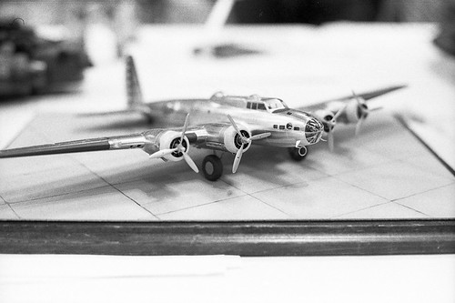 B17 Bomber | by bhop