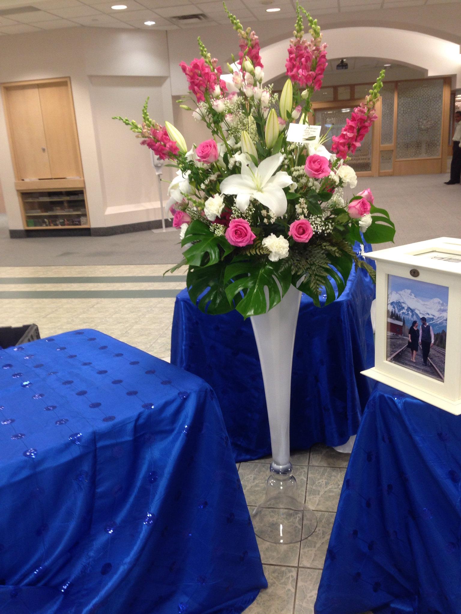 Farah florist C-P17.      $150