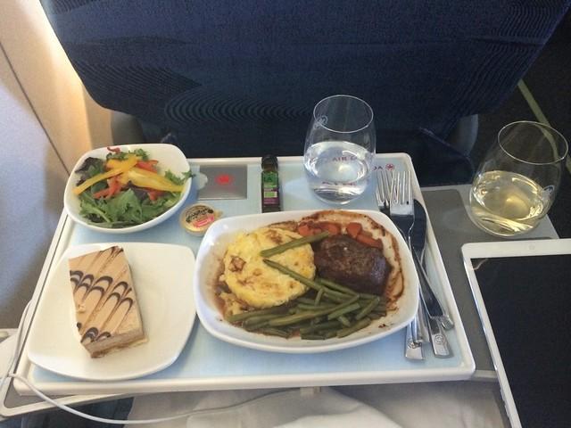 Food on board Air Canada San Francisco - Vancouver