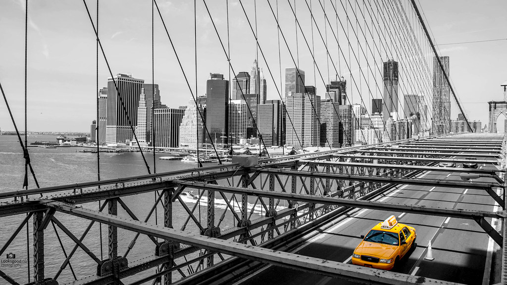New York Brooklyn Bridge Yellow Cab Black And White 4k