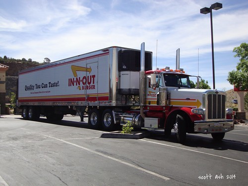 peterbilt semi truck 18wheeler innoutburger diesel prescottaz fastfood 26june2014 sonydscw220 explore 10000views
