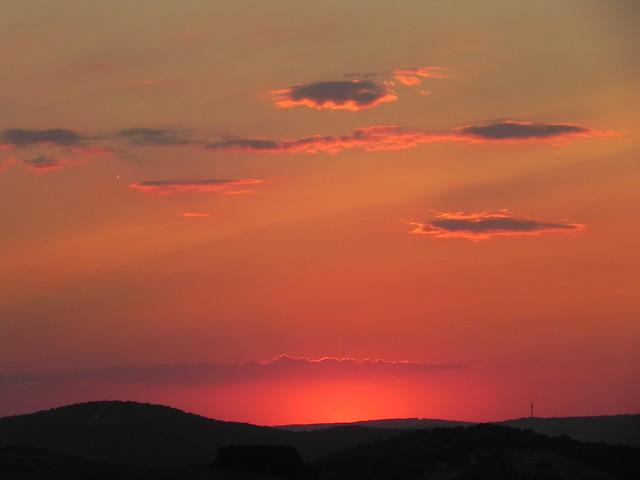 Sonnenuntergang am Fuß der Wachsenburg - vorbei