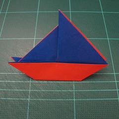 การพับกระดาษเป็นรูปเรือใบ (Origami Sail Boat) 009