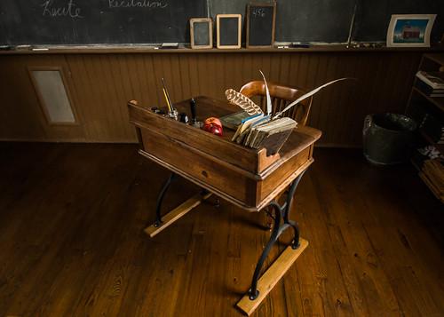 Teacher's Desk - Linn School   by toddwendy