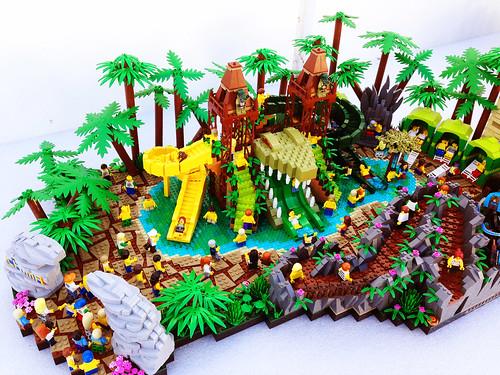 LEGO Legends of Chima Water Park Croc Swamp