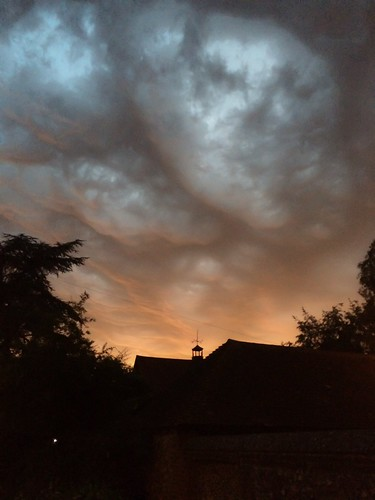 sky orange storm black home clouds kent stormy thunder iphone challengeyou farningham iphone5 lindacronin photohopexpress