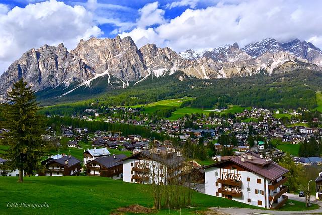 Cortina d'Ampezzo with Pomagagnon Mountains, Dolomites, Italy