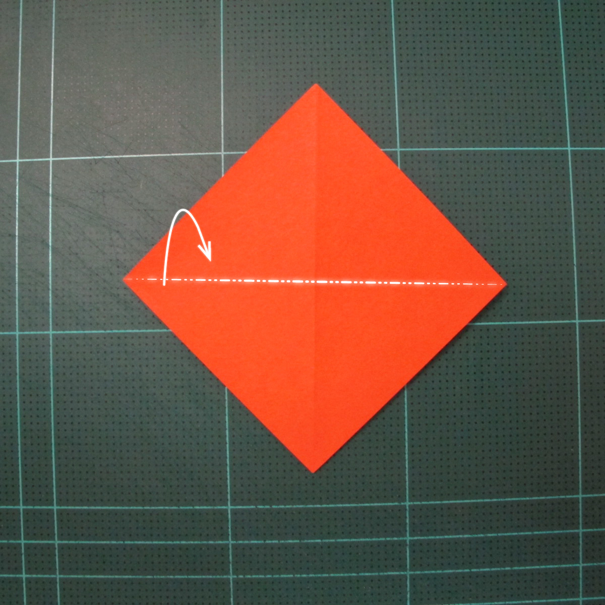 การพับกระดาษเป็นรูปเรือใบ (Origami Sail Boat) 003
