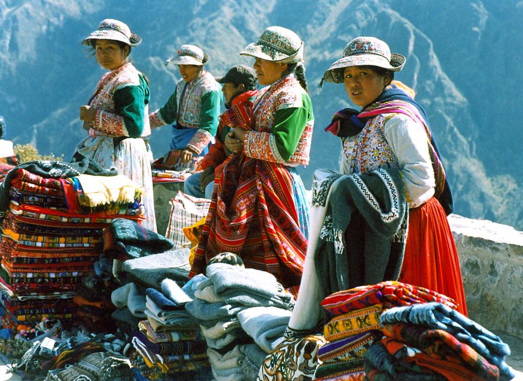 Peru'-little market- Colca