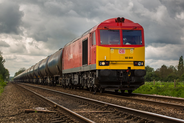 DB Class 60 No 60044 at Staythorpe Foot Crossing with 6E54 Kingsbury to Humber discharged tanks on 12-05-2014