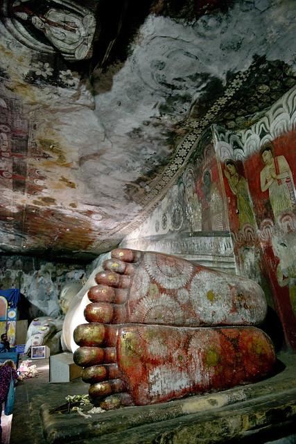 SL091 Dambulla Cave Temple 02 - Sri Lanka