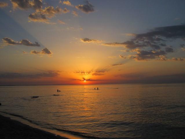 wie ein altes Gemälde. Sonnenuntergang über der Ostsee bei Misdroy/Polen