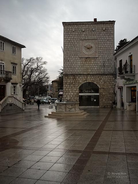 Grad Krk, Trg Vela Placa