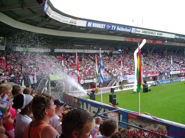 2007-07-16 Startbewijs op halen en vlaggen parade. (75)