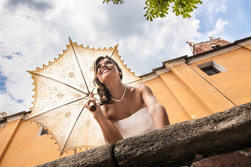 Oltre alla conversazione delle donne, sono i sogni che trattengono il mondo nella sua orbita. José Saramago