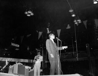 Clyde McPhatter performing at the Edmonton Gardens, Alberta