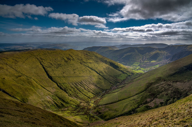 Wales knows how to do valleys! Cwm Cywarch, Near Dinas Mawddwy, Snowdonia (Explore)