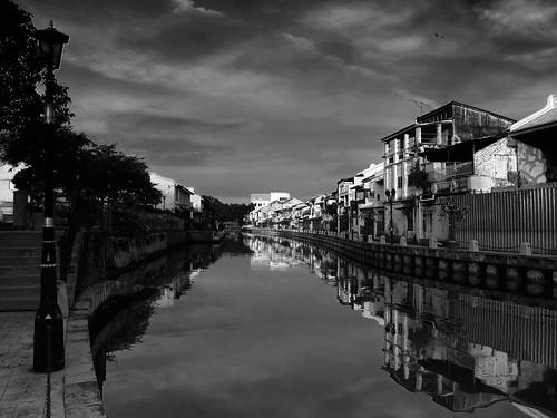travel bw reflection monochrome river cityscape malaysia melaka x10 fujiflim