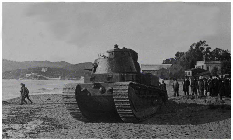 FCM 1A on the beaches of La Seyne