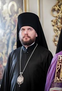 Литургия в Покровском соборе 410