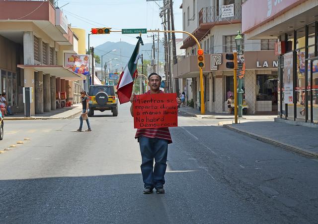 """México sin democracia"""