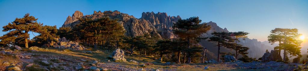 l'aube, à la Bavella, Corse du Sud