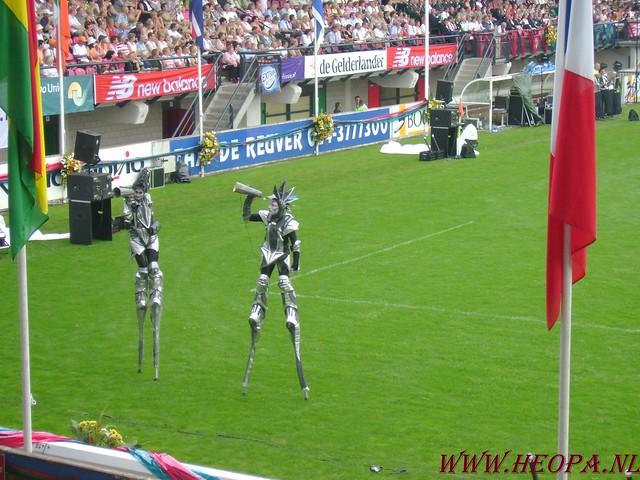 2007-07-16 Startbewijs op halen en vlaggen parade. (69)
