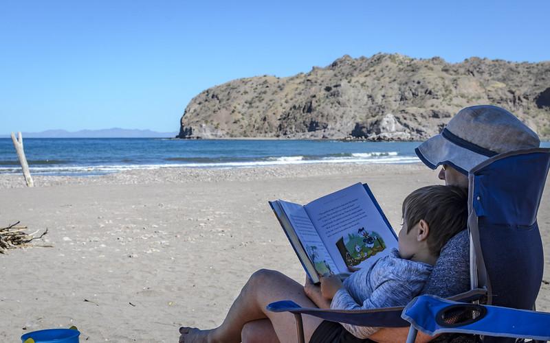 Aqua Verde Book time
