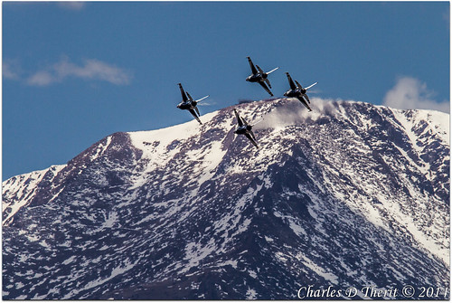 12000 1div 2014 400mm 560mm 90 airforceacademy canon colorado coloradosprings ef400mmf28liiusm14x eos1dmarkiv explore f16 f16fightingfalcons f16s graduation pikespeak rockymountain supertelephoto telephoto thunderbirds usafacademy unitedstates usa usaf usafthunderbirds usafa extender 14x ii extenderef14xii 1d mark 4 iv aircraft airplane airplanes teleconverter renown iconic landmark special famous historic best wonderful perfect fabulous great photo pic picture image photograph esplora explored