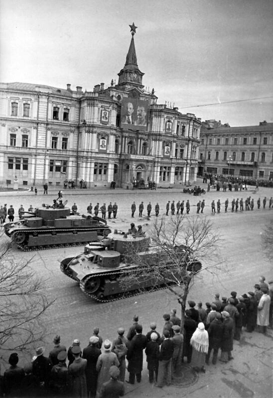 T-28. Parade in Kiev