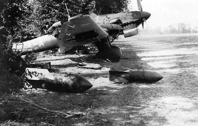 Ju 87 B Stuka 4/StG 77