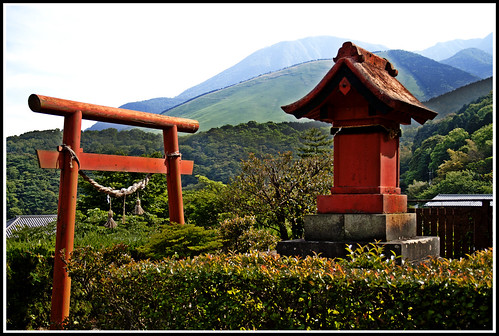 Shrine HDR | by BrainMaY