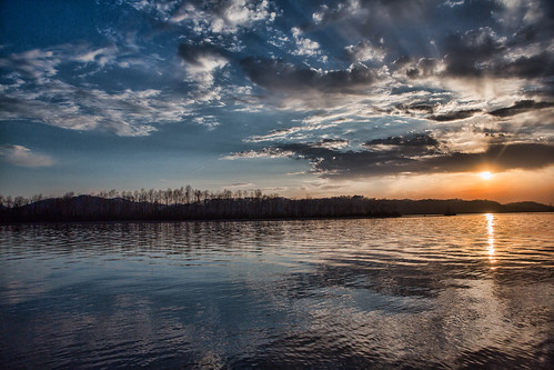 blue light sunset red sun lake water beauty clouds purple tennessee chillhowee