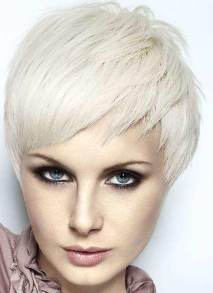 Damskie Fryzury Krotkie Wlosy Blond Fryzury Blond Galeria