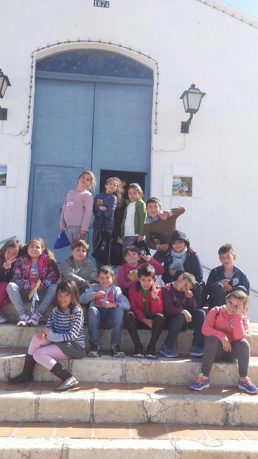 (2017-03-27) - Visita ermita alumnos Laura, profesora religión Reina Sofia - Marzo -  María Isabel Berenguer Brotons (03)