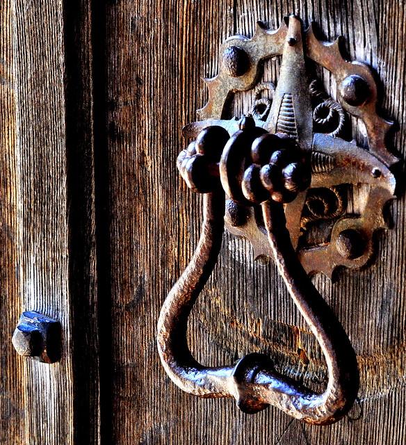 I hear you knocking (Gawthorpe Hall)