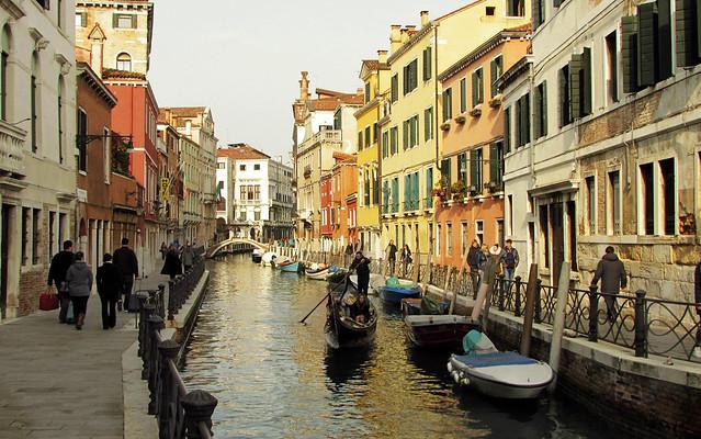 Venezia, di canale in canale (serie) ... il gondoliere