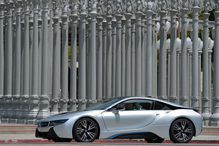 BMW-2014-i8-on-the-road-25