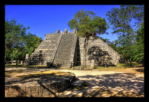 Chichén Itzá MEX - Osario 05