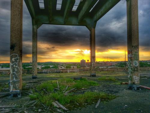 sunset abandoned philadelphia philly northphiladelphia urbanexploring urbex phiadelphia urbexing